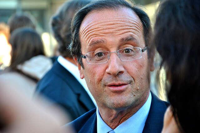 Francois Hollande hrál při