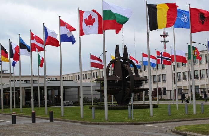 V zemích východního křídla NATO, vPobaltí, Polsku či Rumunsku, případně i nazápadní Ukrajině, podle Filipa Outraty vyrostou vojenské základny. Foto archiv Severoatlantické aliance, flickr.com