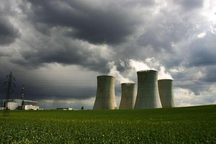 Jaderná energetika patří dostarého železa. Foto archiv DR