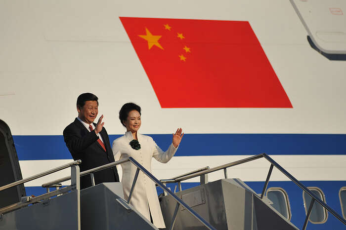 Dnešní generální tajemník vřadě ohledů napodobuje Mao Ce-tunga. Foto