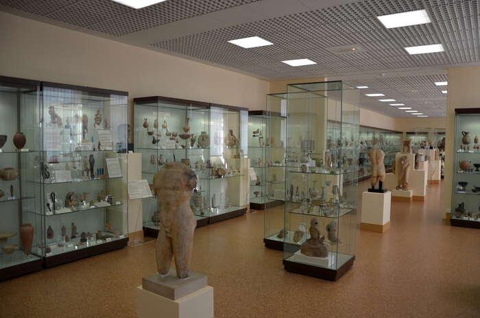 Mezi výstupy archeologie směřující naspolečnost patří například početné muzejní výstavy snejkrásnějšími nálezy. Foto Wikimedia Commons