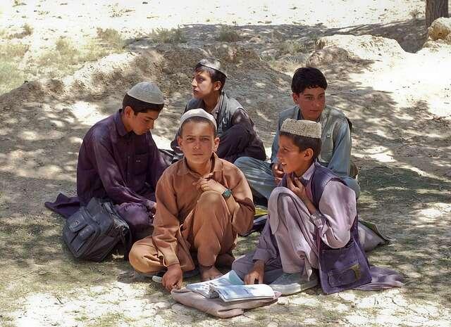 V naprosté většině případů selidé stávají muslimy prostě tím, že senarodí domuslimské rodiny. Foto WikiImages, Pixabay