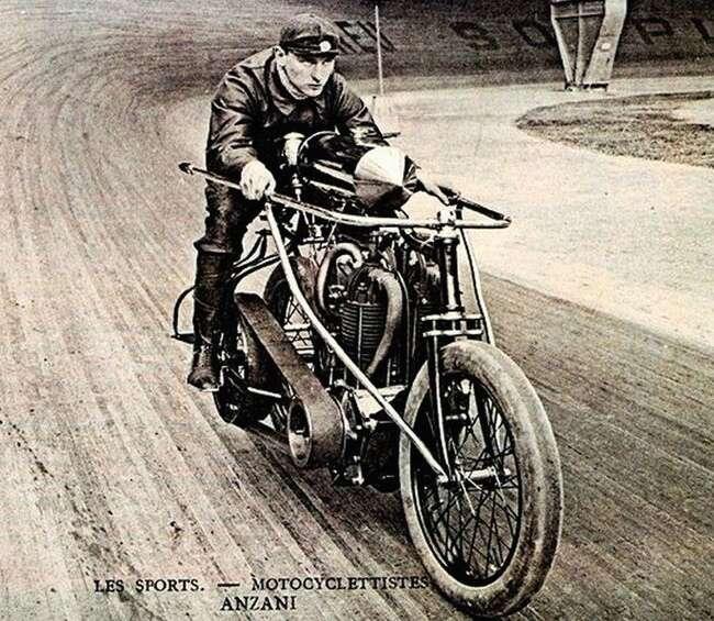 """I tohle býval """"jenom"""" sport. Foto: blog.lightningcustoms.com"""