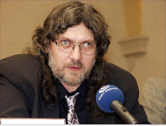 Novinářský pomocník předlistopadového ipolistopadového režimu Petr Žantovský. Foto Štěpán Kotrba, Britské listy