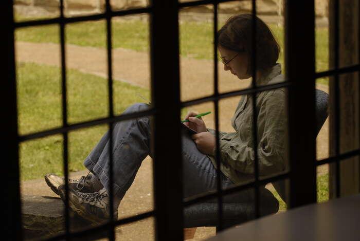 Student vUSA simůže naškolné půjčit buďto odprivátní banky, nebo odstátu prostřednictvím federálního programu. Foto NA, flickr.com