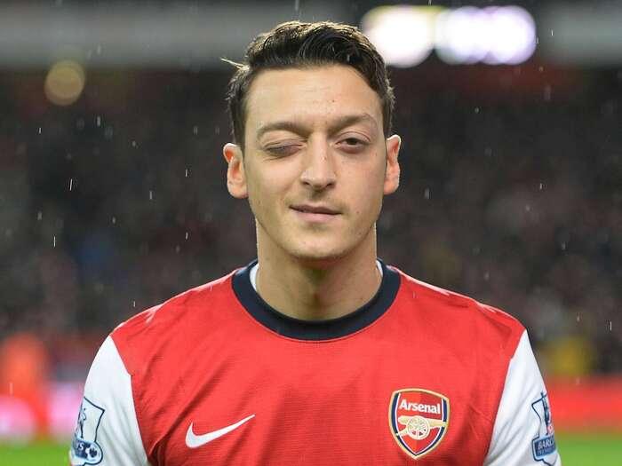 Mesut Özil, německý muslim tureckého původu, jeden zmnoha obecně známých arespektovaných evropských muslimů. Jejen otázkou času, kdy budou reprezentovat ičeské země. Repro DR