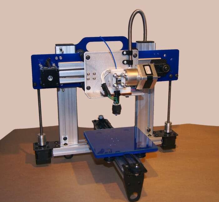 Jednou zočekávaných technologických revolucí naší epochy jerozšíření 3Dtiskáren, které radikálně stlačí cenu originálů. Foto en.wikipedie.org