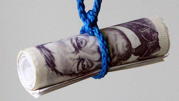 Zrušení superhrubé mzdy znamená příjmový výpadek 130 miliard, atedy iperspektivně velký tlak naškrty. Pro opatření hlasovaly přitom sANO aODS iKSČM aSPD. Foto Pixbay