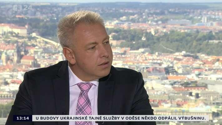 Ministr vnitra Milan Chovanec měl už dávno vystoupit sprohlášením, vekterém byčinnost White Medií odsoudil.Repro DR