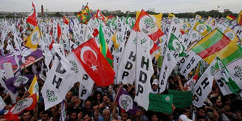 Demonstrace stoupenců HDP. Foto archiv KurdishQuestion.com