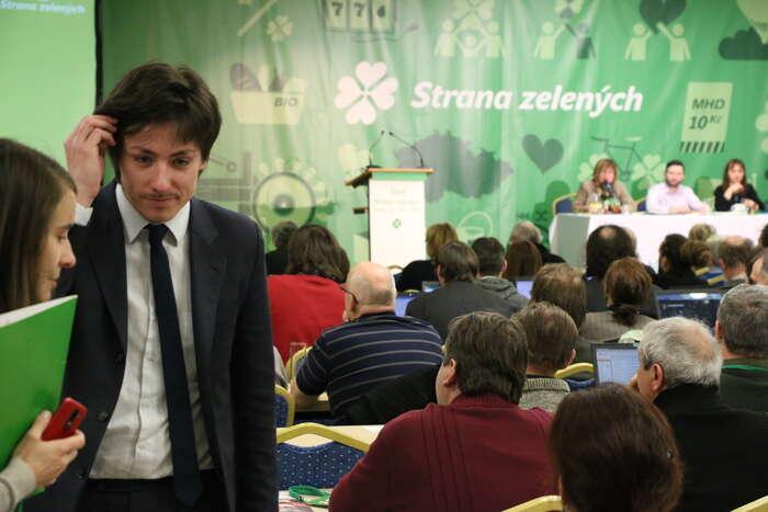 Matěj Stropnický nasjezdu Strany zelených, naněmž sestal jejím předsedou. Nyní jiopouští. Foto Ondřej Mazura, DR