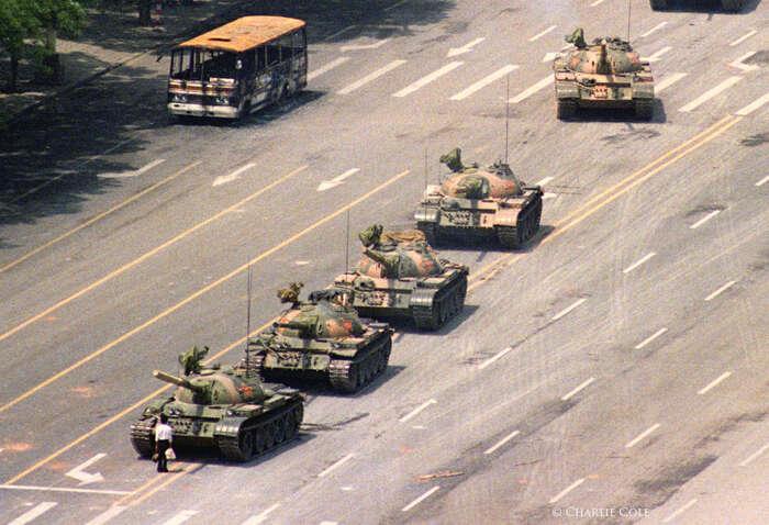Vroce 1989 seneomezená moc strany asní spojená všudypřítomná korupce, nerovnost příležitostí aprudce serozevírající nůžky mezi bohatými achudými staly terčem protestů. Foto Jeff Widener