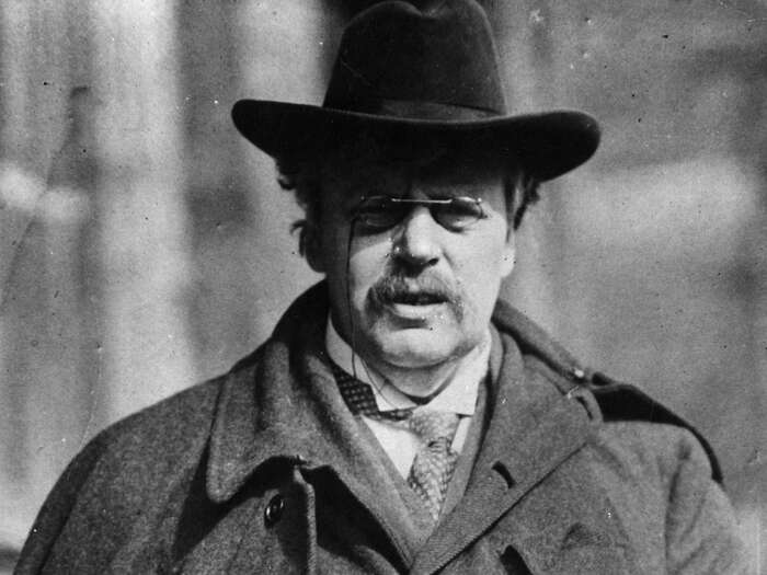 Nedivím se, že Chestertonovy paradoxy zbožňuje iSlavoj Žižek. Když hočtu, vím, proč jsem křesťan. Fotoigiveyoubeauty.files.wordpress.com