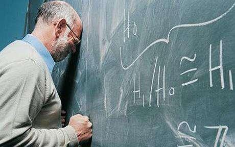 Divím seředitelům škol, že jim nevadí, že jejich pedagogové sioprázdninách neodpočinou apřijdou dopráce unavení letní brigádou. Foto tumblr.com