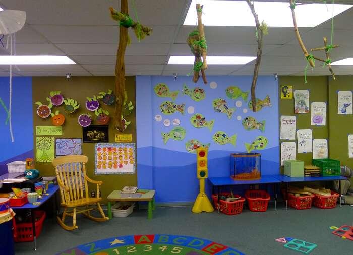 Soukromé základní školy jsou aktuálně vnašem prostředí nositelkami inovace. Namísto jejich omezování jedobré sejimi inspirovat. Foto beyondthebrochurela.com