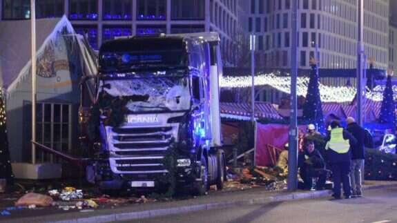 Berlínský kamion pospáchání činu. Foto archiv TheGatewayPundit.com