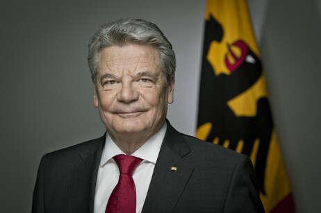 Bývalý evangelický farář Joachim Gauck vsedmi minutách vánočního poselství dosáhl jednoho zesvých prezidentských vrcholů. Foto www.bundespraesident.de