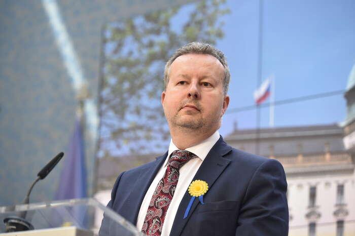 Ministr Richard Brabec přislíbil, že setentokrát sněmovní diskuse zúčastní. Foto ÚV ČR