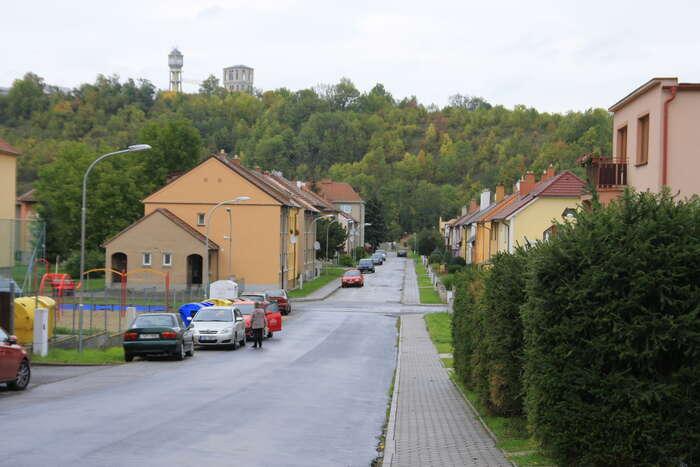 Těžní věž dolu Kukla jevidět téměř zkaždého místa Oslavan. Foto Barbora Bakošová