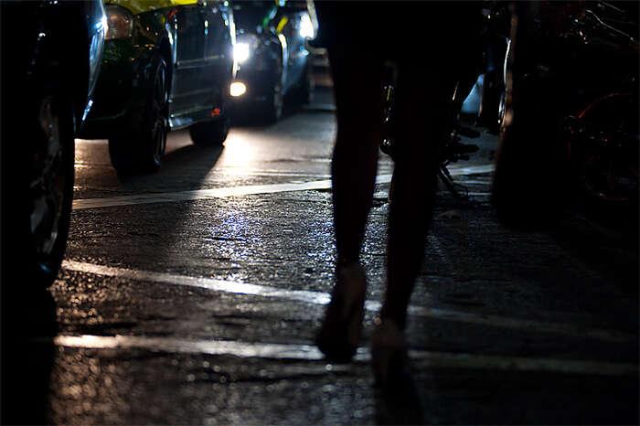 Prostituce jepříznakem aproduktem selhávajícího systému, vekterém jeekonomická isymbolická rovnost pohlaví pouze deklarovaná. Foto Daily Travel Photo