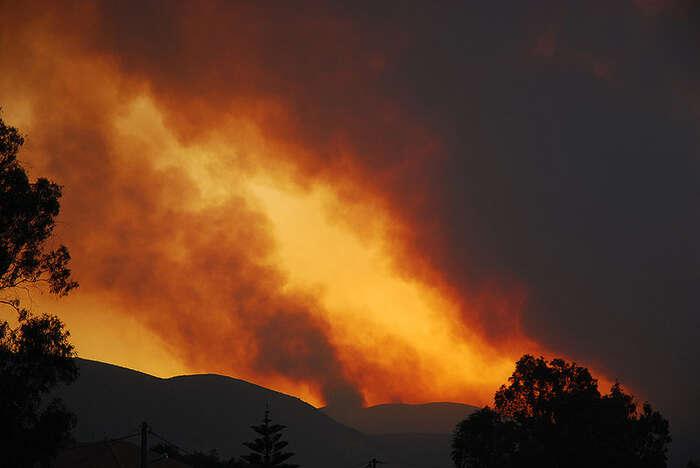 Vinou extrémně horkého počasí uvidíme apokalyptické scény kolem Středozemního moře čím dál častěji, tvrdí vědci. Foto Carl Osbourn