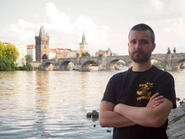 Čtení konspiračních webů o11. září dovedlo Jana Vrobela postupně až naprotiromské demonstrace naseveru Čech. Foto Fatima Rahimi, DR
