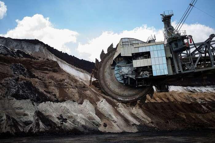 Německá vláda setváří, že podniká velkolepou zelenou transformaci energetiky. Veskutečnosti lije peníze doohroženého uhelného sektoru. Foto Krisztian Bocsi