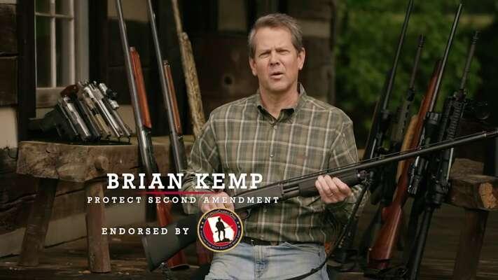 Republikánský kandidát naguvernéra Georgie má rád zbraně. Naopak moc nepřeje volebnímu právu menšin. Foto kempforgovernor.com