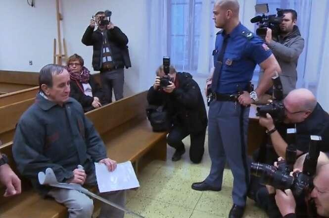 Dočká seprvní český terorista odMiloše Zemana milosti, vyznamenání, nebo obojího? Repro ČT