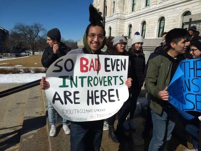 """""""Je totak zlé, že tujsou iintroverti"""