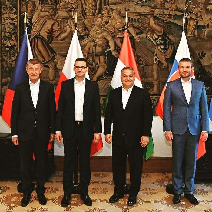 Představitelé států V4rádi prezentují omezené představy osvětě jako obhajobu zájmů obyvatel svých zemí. Foto FBA. Babiše