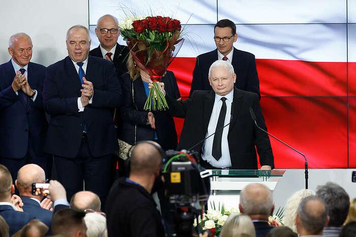 Jarosław Kaczyński senakonec usmíval docela málo. Foto PiS, flickr.com