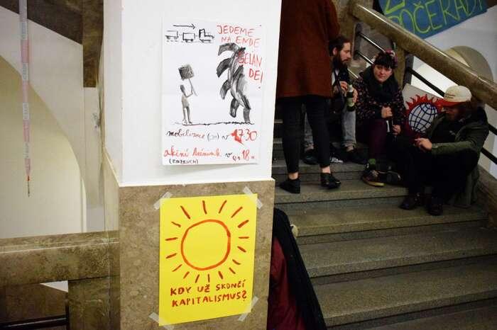 Jakýkoli akt mírné neposlušnosti bývá vČeské republice okamžitě chápán jako něco radikálního.Foto Jan Kašpárek