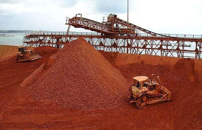 Ghana jeuž dnes třetím největším exportérem bauxitu vAfrice. Nová dohoda sČínou má těžbu zmnohonásobit. Foto BMG