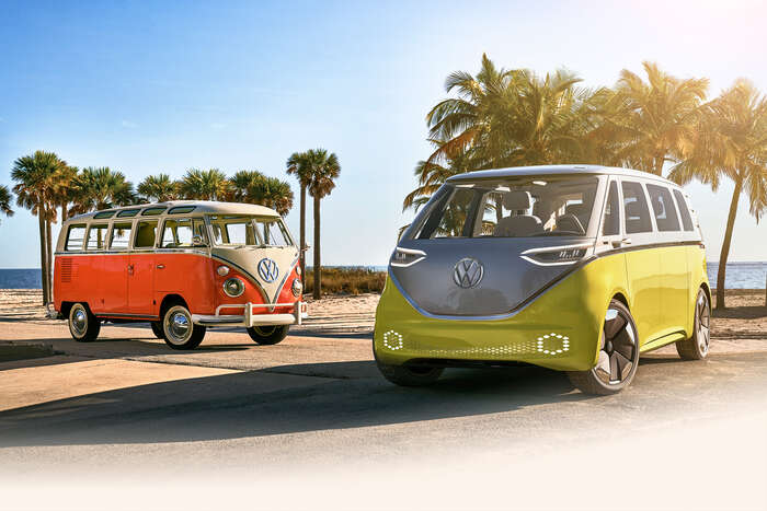 Elektrobus Volkswagen. Čím dříve setotiž začne země napřechod nanízkoemisní vozidla připravovat, tím menší otřesy vyvolá atím menší náklady sivyžádá. Foto Volkswagen