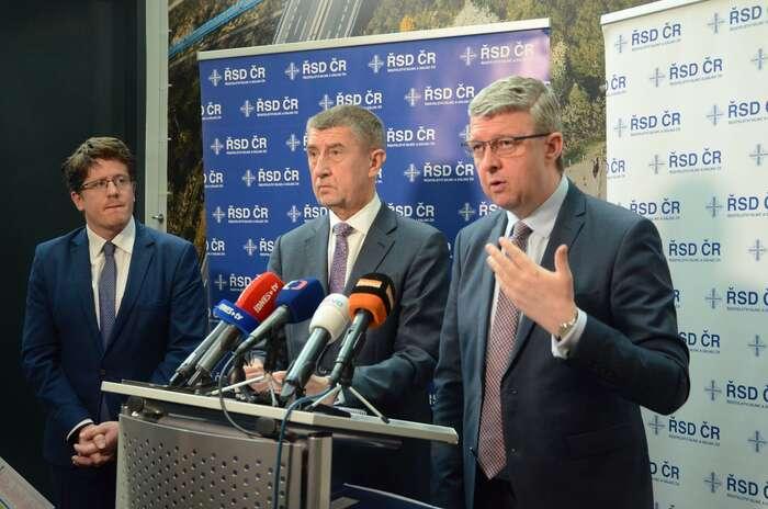 Ministr Karel Havlíček apremiér Andrej Babiš namísto řešení krize opět napadli dlouhodobé politické priority Evropské unie. Foto FBKarel Havlíček