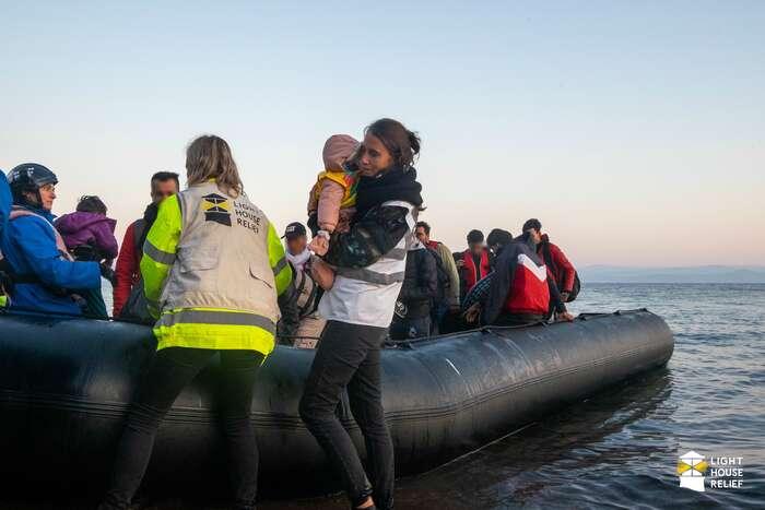 Na řecké ostrovy připlulo zaposlední měsíc více než dva tisíce uprchlíků. Foto Lighthouse Relief