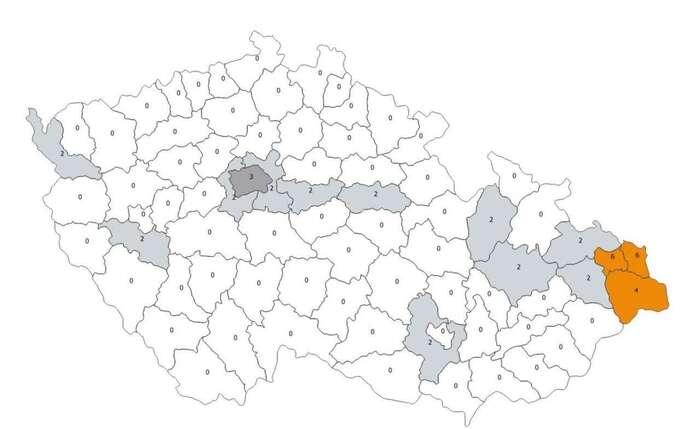 Naprostá většina území České republiky sedrží vespod desetibodové epidemiologické škály. Mapa MZD