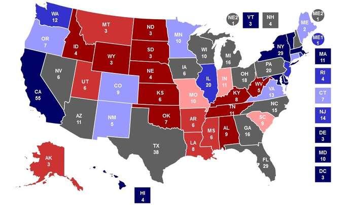 Aktuální přehled států, které sejeví pro letošní volby jako swing states (šedou). Dříve najaře byly šance obou kandidátu podobné také vMinnesotě, Mainu aColoradu. Grafika RCP