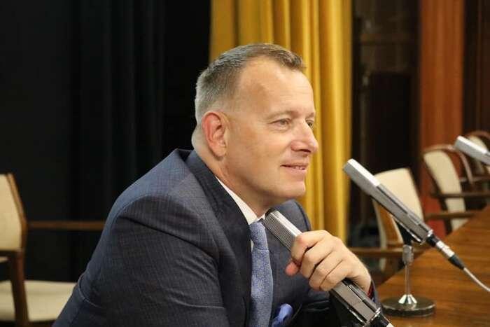 Boris Kollár dostal zaúčast své strany vevládě mimojiné funkci předsedy parlamentu. Zůstává vní ipoaktuální aféře. Foto FBSme Rodina