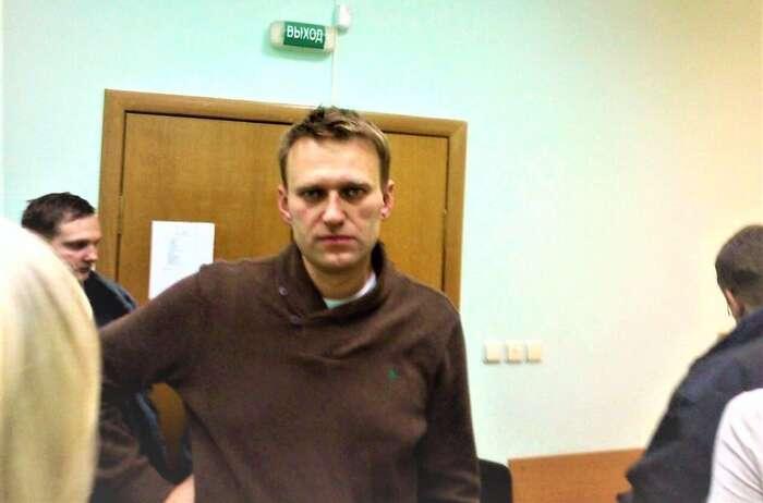 Alexej Navalnyj seangažuje vruské politice už dvacet let. Zde při jednom zesvých soudních procesů. Foto Nikita Batalov, WmC
