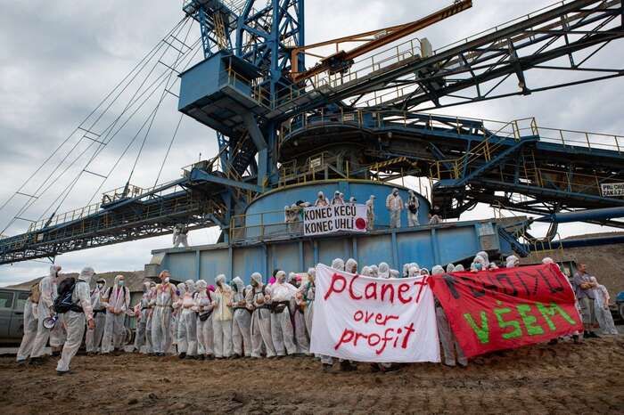 Ochráncům planety senelíbí, že okonci uhlí nyní rozhodují zejména politici amajitelé energetických firem. Foto Peťo Tkáč, DR