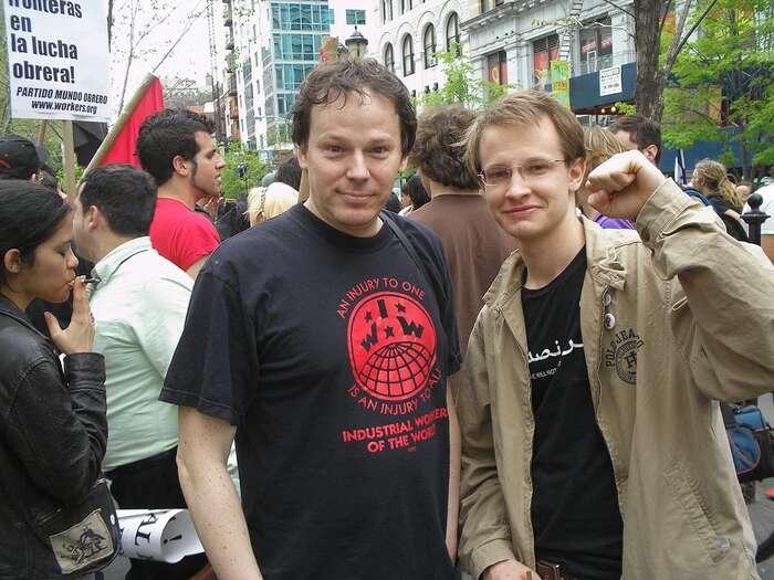 Až doposlední chvíle seDavid Graeber účastnil stávek, akcí občanské neposlušnosti, podporoval požadavky pracujících astudentů. Foto Thomas Good, WmC