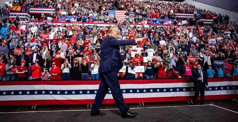 Souboj ořešení společenských aekonomických nerovností Trump přetvořil dokulturní války. Foto FBDonald Trump