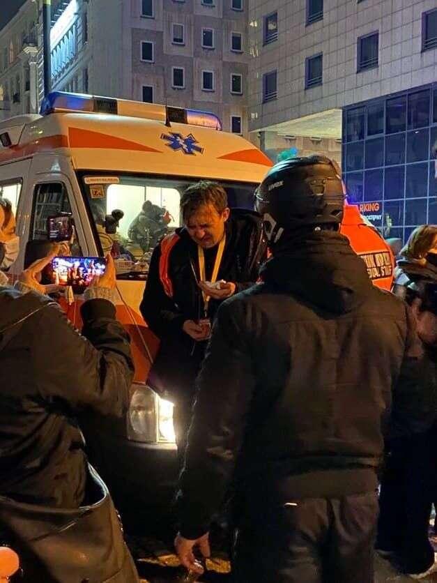 Novinář zasažený slzným plynem. Foto Kateřina Spejchalová