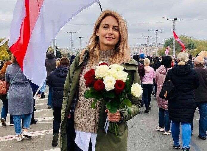 V Bělorusku bylo před letošními Vánoci 159 politických vězňů. Přes čtyřicet dní strávila zamřížemi iVolha Chyžinková, Miss Běloruska zroku 2008. Foto NA, Twitter