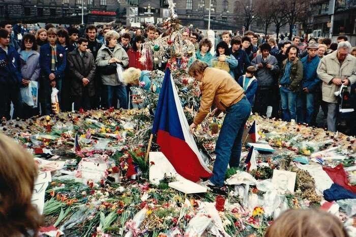 Přes čtyřicet let někdy krvavé aněkdy mrtvolné vlády KSČ nás traumatizovalo. Následných více než třicet let nás svým děním retraumatizovalo. Foto FBEPP — European People's Party