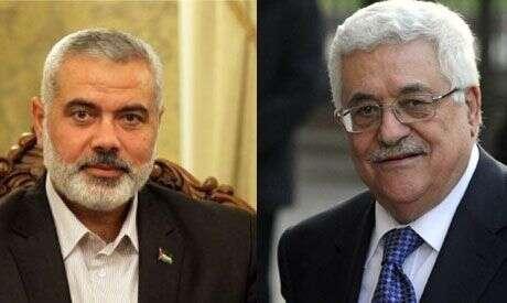 Fatah aHamás mají vést dovoleb jejich dlouholetí lídři, Mahmúd Abbás (vpravo) aIsmail Haníja. Fota zagentur