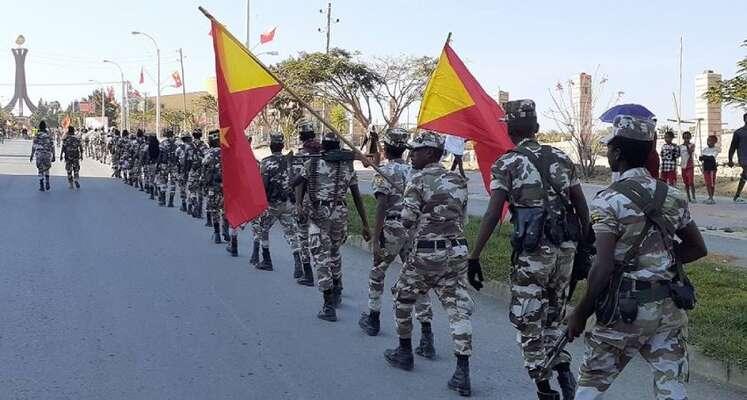 Tigrayské ozbrojené síly disponovaly oficiálně čtvrtmilionem mužů ažen vezbrani. Dodobytí hlavního města Mekelle (na snímku) nepadlo však podle průměrných ani tisíc Tigrayců. Foto EthiopiaNews