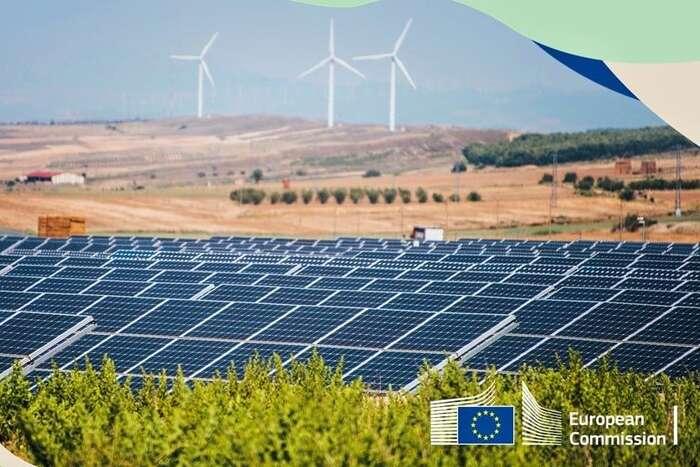 Spravedlivá transformace jena evropské iglobální úrovni velkým tématem, který byměl být vcentru všech diskuzí zaměřených natransformaci energetiky ispolečnosti vůbec. Absence této debaty nás může vbudoucnosti mrzet, protože nezohlednění sociálních otázek při transformaci povede kekrachu klimatické politiky jako takové. Foto FBEREK — European Resource Efficiency Knowledge Centre